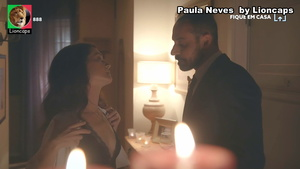 Paula Neves sensual em vários momentos
