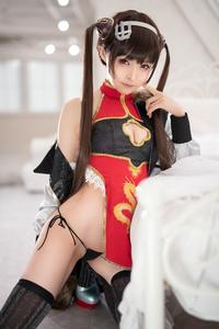 Mayu-Ronne-Cosplay-Sets-Skimpily-Seductive-46.jpg