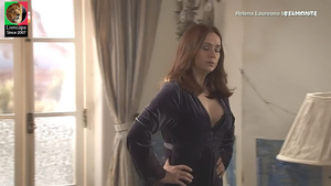 Helena Laureano sensual em vários trabalhos