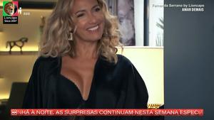Fernanda Serrano sensual na novela Amar Demais