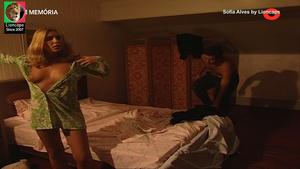 Sofia Alves nua na serie Balet Rose