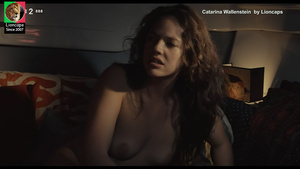 Catarina Wallenstein nua no filme Mar