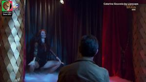 Catarina Gouveia sensual em várias imagens
