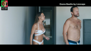 Oceana Basilio sensual no filme Golpe de Sol