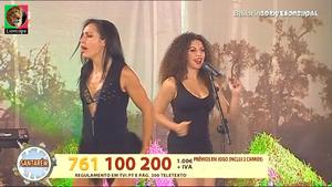 As belas bailarinas que acompanham os diversos musicos
