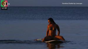 Carolina Chalita sensual na serie Amor de 4 + 1