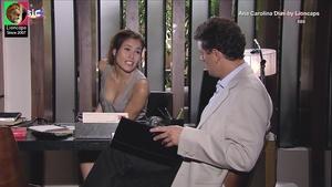 Ana Carolina Dias sensual na novela Viver a vida