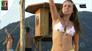 Fernanda Nobre sensual na novela Prova de Amor