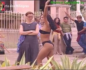 Mónica Carvalho super sensual nas novelas Porto Milagres e Caminhos do coração