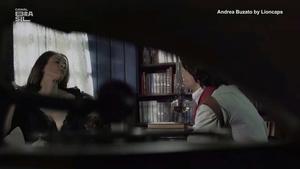 Andrea Buzato nua no filme Senhores da Guerra