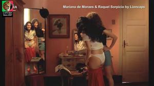 Mariana Moraes e Raquel Sorpicio nuas no filme Matou a familia e foi ao cinema