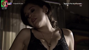 Barbara Paz sensual na novela Viver a vida