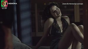 Joana de Verona sensual na serie Filhos do Rock