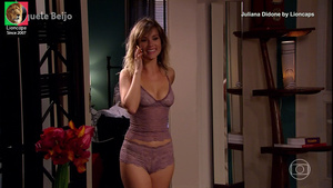 Juliana Didone sensual na novela Aquele Beijo