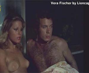 Vera Fischer nua no filme Gostosa Brincadeira a Dois