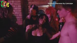 Vanessa Giacomo sensual no filme Jean Charles