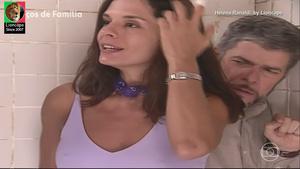 Helena Ranaldi sensual na novela Laços de Familia