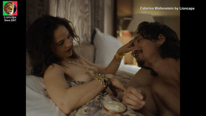 Catarina Wallenstein nua no filme Animal Amarelo