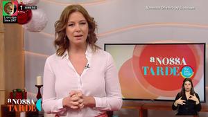 Vanessa Oliveira sensual em várias imagens