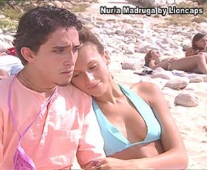 Nuria Madruga sensual na novela Saber Amar