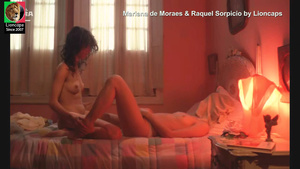 Mariana Moraes e Raquel Sorpicio nuas no fime Matou a familia e foi ao cinema