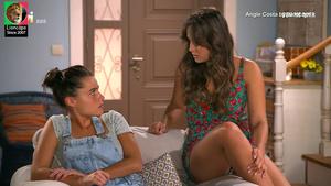 Angie Costa sensual na novela Bem me Quer