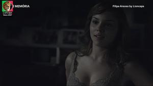 Filipa Areosa nua na serie Filhos do Rock