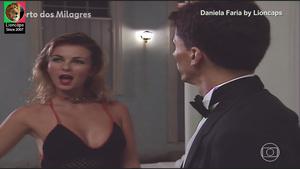 Daniela Faria sensual na novela Porto dos Milagres