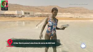 Diana Brites sensual no programa da Record Giro
