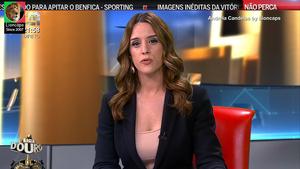 Andreia Candeias sensual na Cmtv