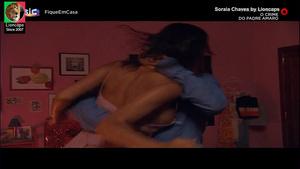 Soraia Chaves nua no filme O Crime do Padre Amaro