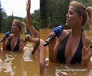 Sónia Araujo sensual em biquini a banhos em São Miguel na Rtp1