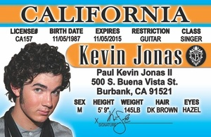 Kevin Jonas.jpg