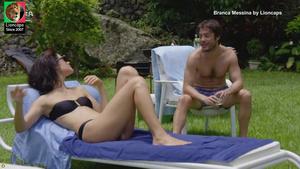 Branca Messina nua na serie Amor de 4