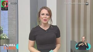 Tania Ribas de Oliveira sensual em vários momentos na Tv