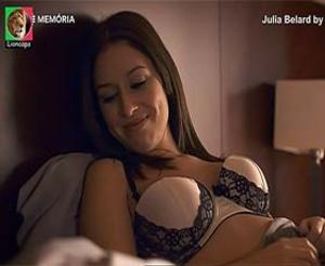 Julia Belard sensual em vários trabalhos