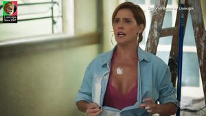 Deborah Secco sensual na novela Salve-se quem puder