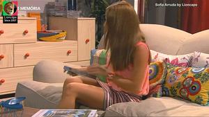 Sofia Arruda sensual na serie Os nossos dias