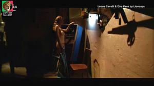 Leona Cavalli e Dira Paes nuas no filme Amarelo Manga